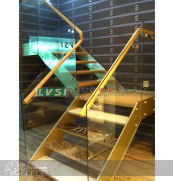 钢木楼梯 香港老铁匠楼梯 1, 支架 : 汽车烤漆整体钢梁(颜色可任意